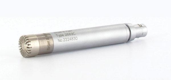 ½ Free-field Microphone — Type 4190